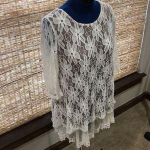 Dresses & Skirts - Lady Noiz beautiful lace dress NWOT